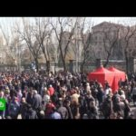 Пашинян призывает своих сторонников выйти на улицы